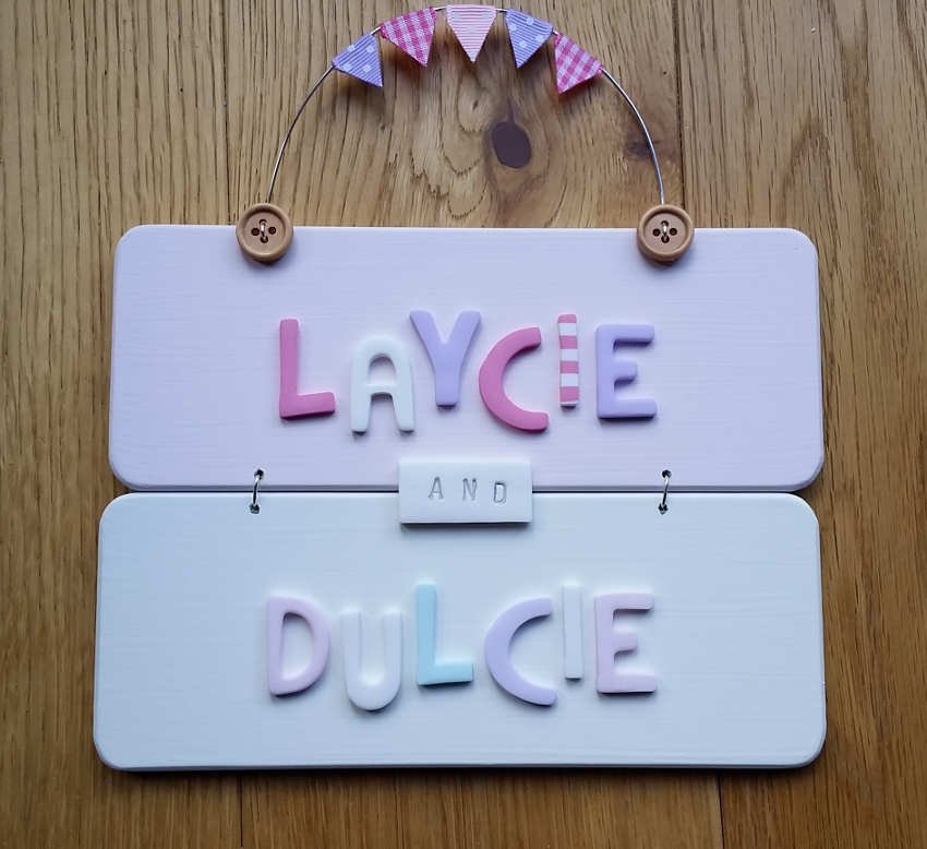 Kids bedroom door signs for Door name signs